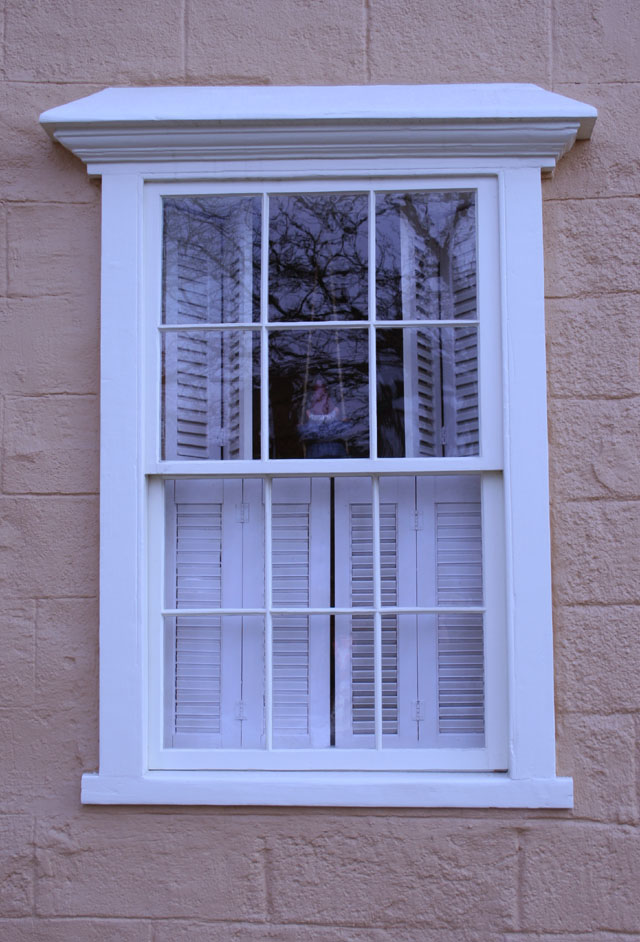 COLONIAL PLANK FRAME WINDOWS - Concord Center